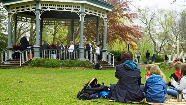 best parks in Kitchener for picnics